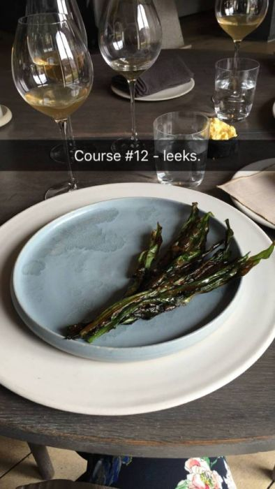 Regular Person Snapchats Their Experience At A Michelin Starred Restaurant (16 pics)