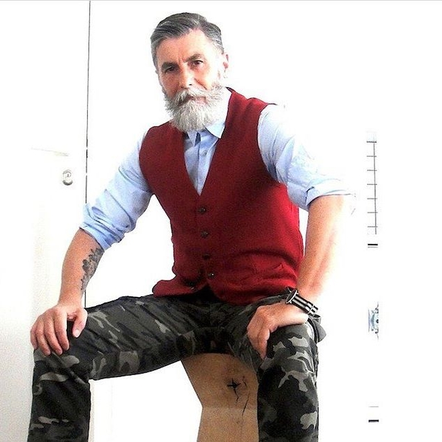 This 60 Year Old Man Grew A Beard And Became A Cool Model (25 pics)