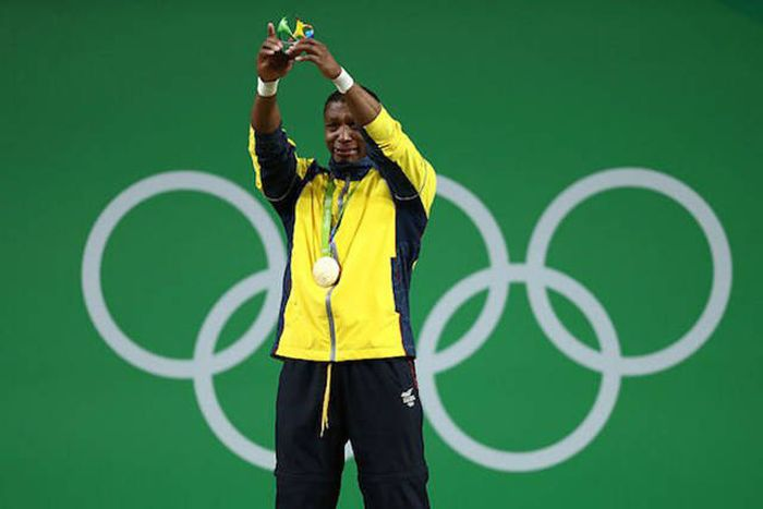 Columbian Weightlifter Achieves His Dream By Winning His First Olympic Gold Medal (6 pics)