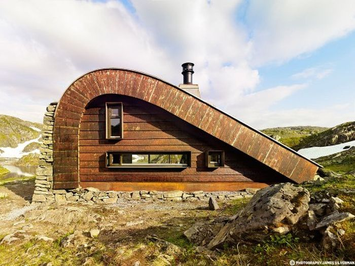 Modern Hut In Norway Easily Blends In With Its Surroundings (7 pics)