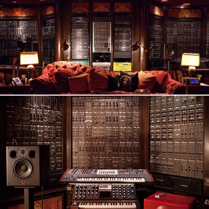 A Look Inside Hans Zimmer's Incredible Studio (14 pics)