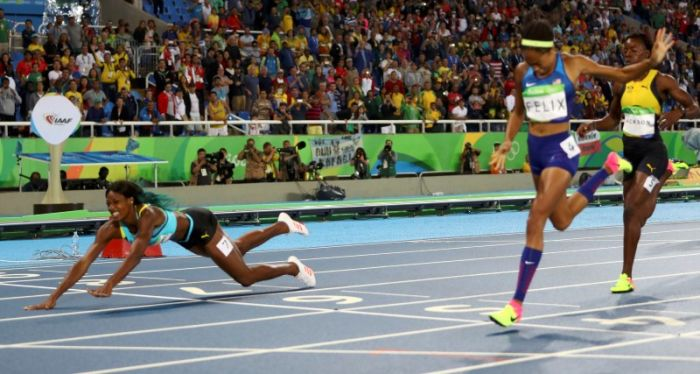Shaunae Miller Wins Olympic Gold Medal By Taking A Leap Of Faith (3 pics)