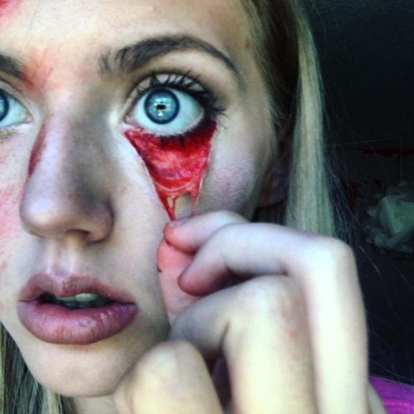 Makeup Artist Terrifies Her Followers With Gruesome Photos (13 pics)