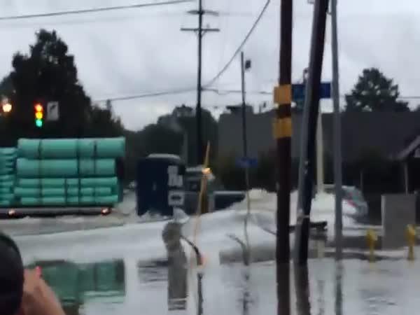 Truck VS Flood