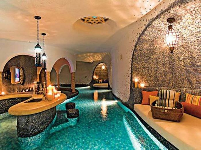 Gorgeous Pool Bars That Are Most Impressive (25 pics)
