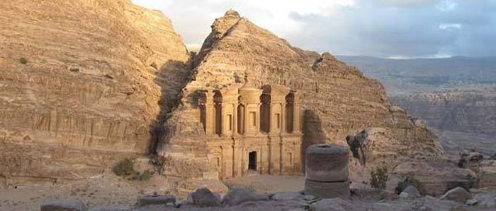 Famous Ancient Ruins From Around The World (15 pics)