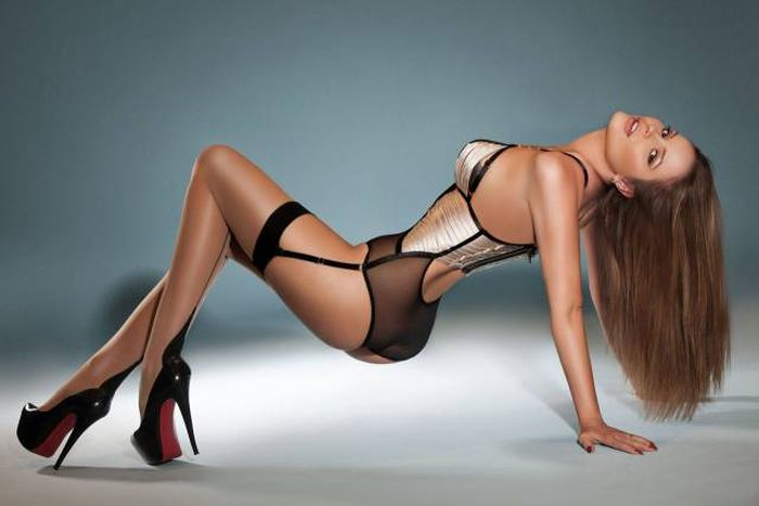 Hot Women In Sexy Lingerie Is A Dream Come True (60 pics)