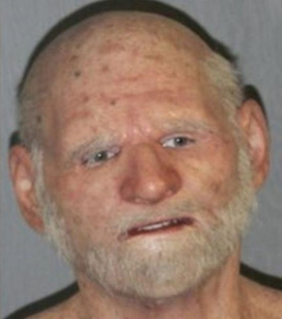 Fugitive Tries To Disguise Himself As An Elderly Man (3 pics)