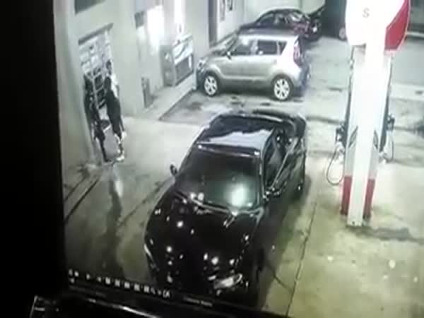 Shootout At A Atlanta Gas Station