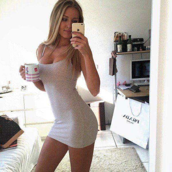 Beautiful Women In Tight Dresses Take Hotness To The Next Level (40 pics)