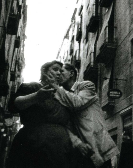 Vintage Photos Show Life In The Slums Of Barcelona (32 pics)
