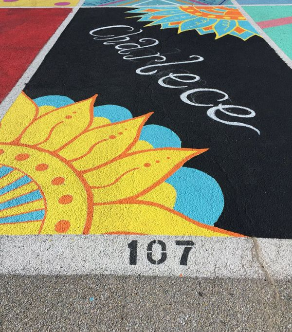 High School Seniors Paint Impressive Art In Their Parking Spots (25 pics)