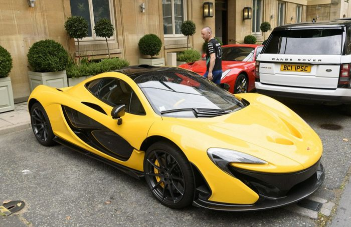 Supercar Season Is Still In Full Force In London (14 pics)