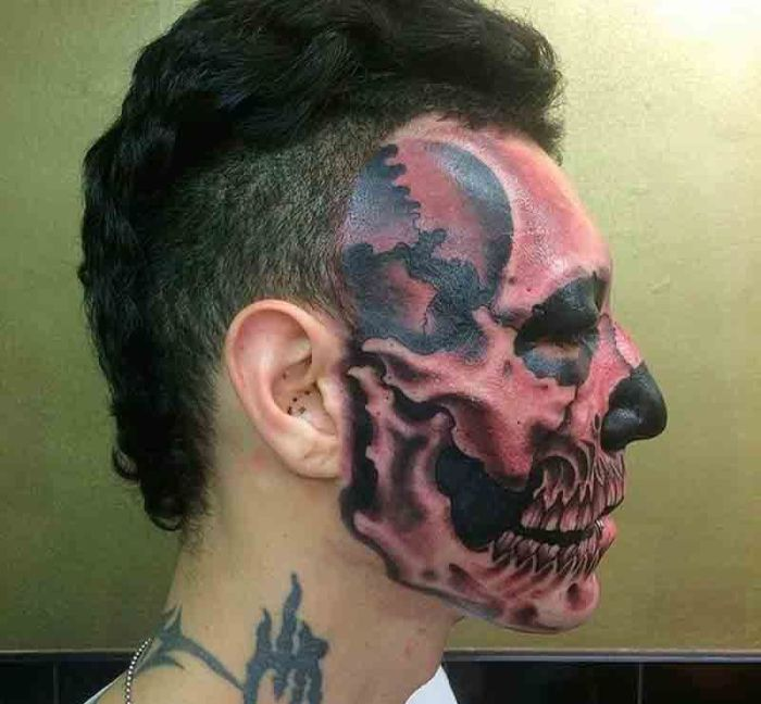 Man Gets Skull Tattooed On Half His Face (3 pics)