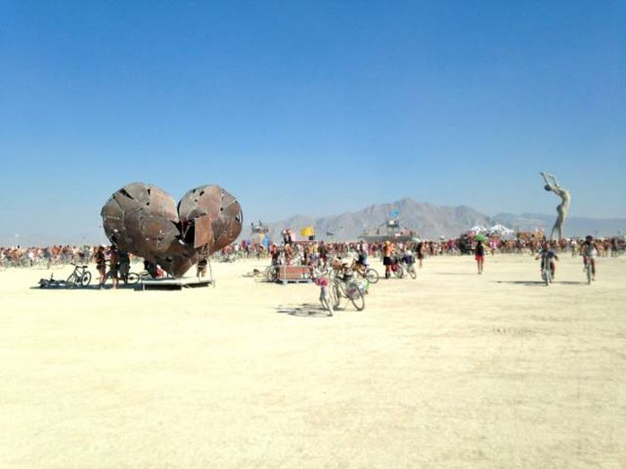 Burning Man Truly Is Unlike Any Other Festival On The Planet (79 pics)