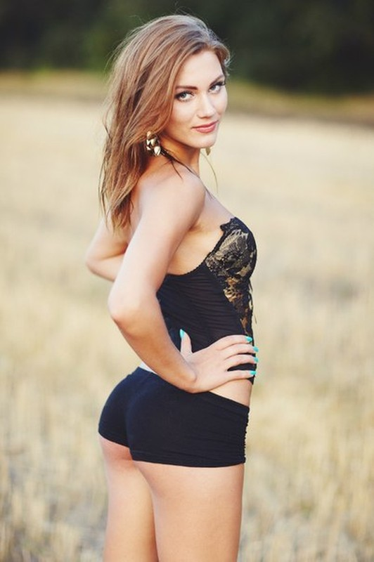 Enjoy The Gorgeous Girls Of Summer While You Still Can (50 pics)