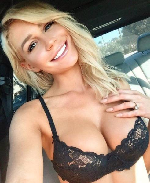 Hot Girls Who Have Serious Chest Appeal (57 pics)