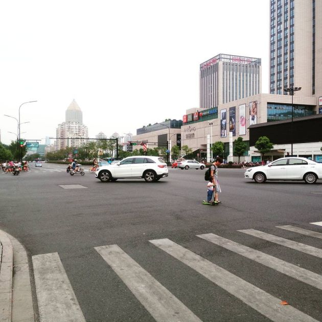 Hangzhou Turned Into A Ghost Town For The G20 Summit (13 pics)
