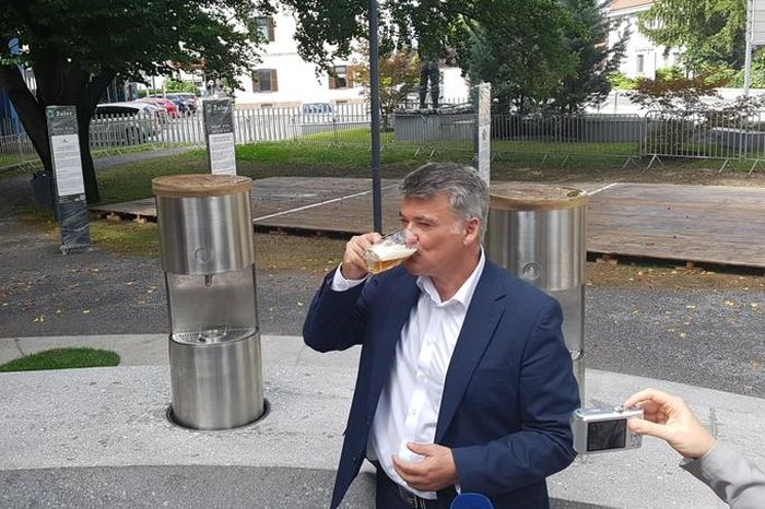Europe's First Beer Fountain Opens In Slovenia (6 pics)