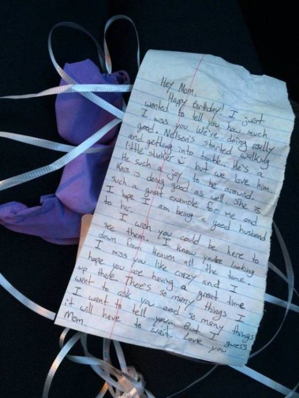 Girl Finds Heartwarming Note Meant For Someone In Heaven (3 pics)