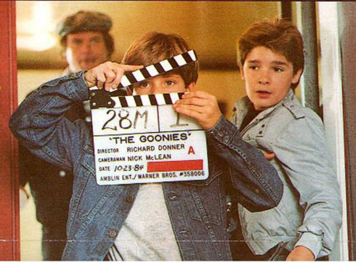 Amazing Behind The Scenes Photos From The Goonies (19 pics)