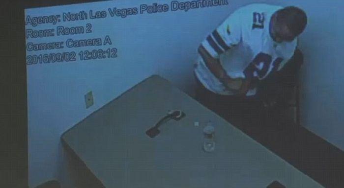 How A Murder Suspect Escaped Police Custody (9 pics)