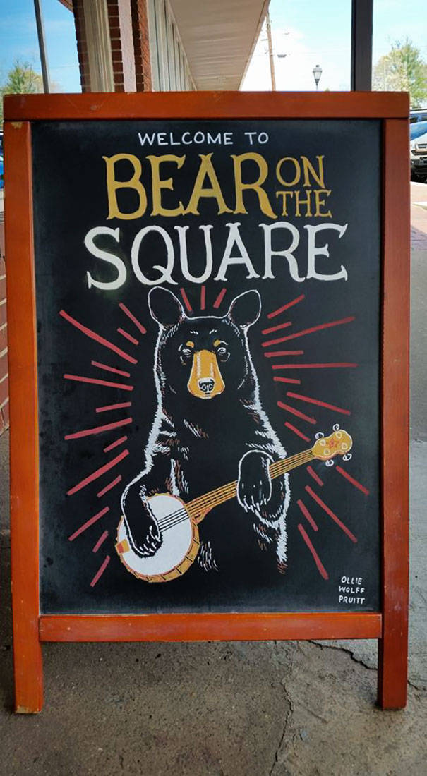 Clever Sidewalk Chalk Signs That Helped A Bar Increase Sales (24 pics)