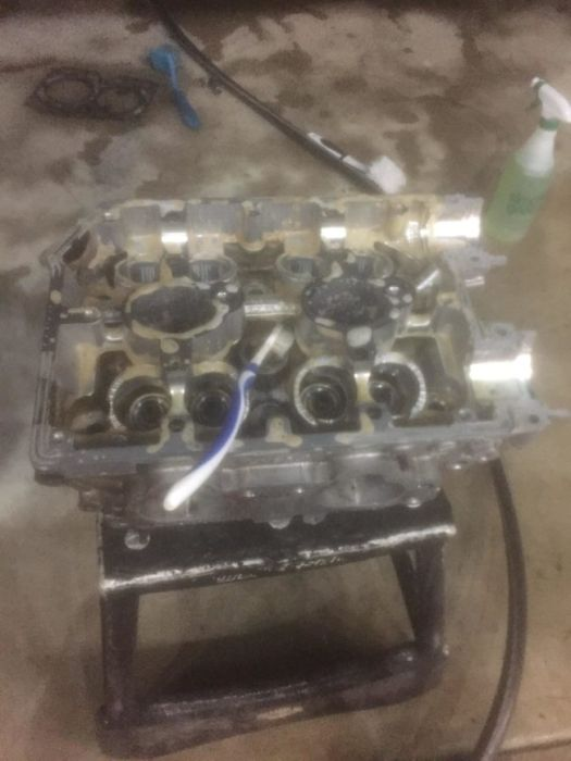 guy turns his smashed car 39 s engine into an epic coffee table 18 pics. Black Bedroom Furniture Sets. Home Design Ideas