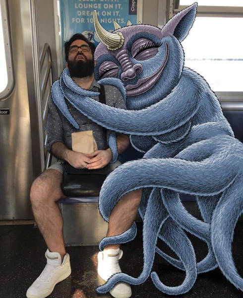 Artist Places Strange Creatures Next To People On The Subway (45 pics)