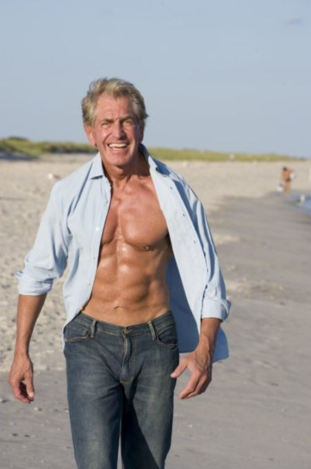 Proof That You're Never Too Old To Build Muscle (9 pics)