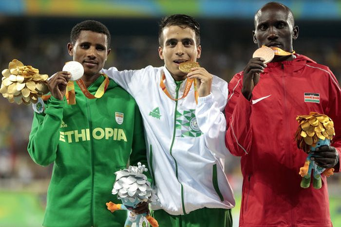 Paralympians Ran The 1500m Faster Than Runners At The Rio Olympics Final (3 pics)