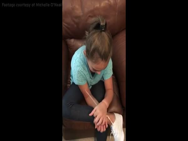 Young Girl Breaks Out Of Zip Tie Handcuffs Using Her Shoelaces