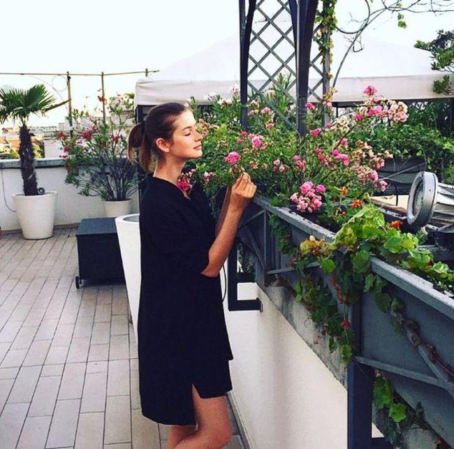 Billionaire Finds His Runaway Model Wife On Instagram (7 pics)