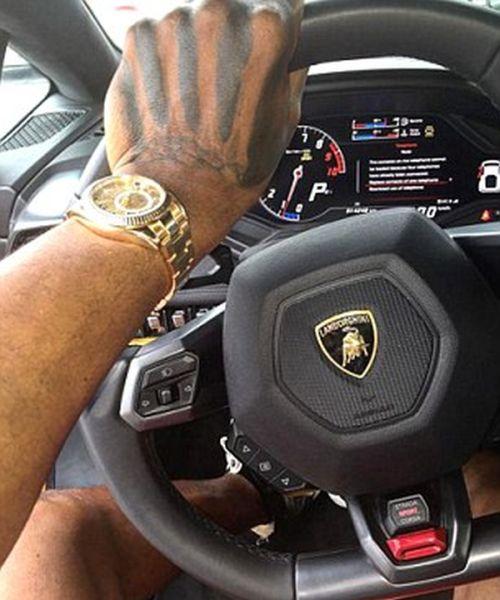 Drug Dealer Gets Busted After Flaunting His Money On Instagram (11 pics)