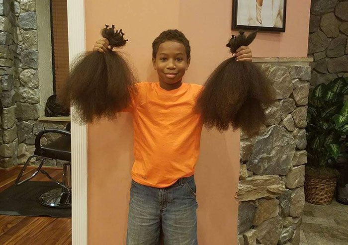Boy Donates His Hair To Make Wigs For Kids With Cancer After 2 Years Of Growing (4 pics)