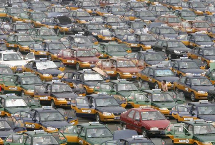 Stunning Photos Show Just How Crowded China Really Is (23 pics)
