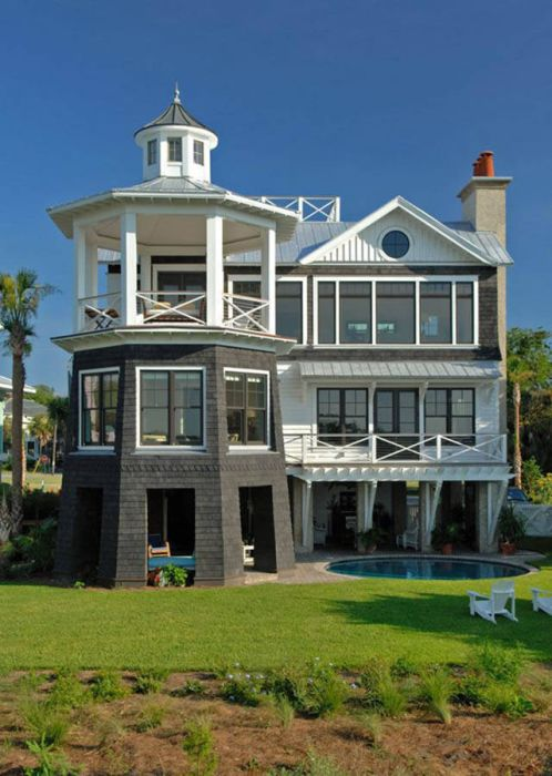 A Collection Of Some Of The Coolest Looking Houses In The World (42 pics)