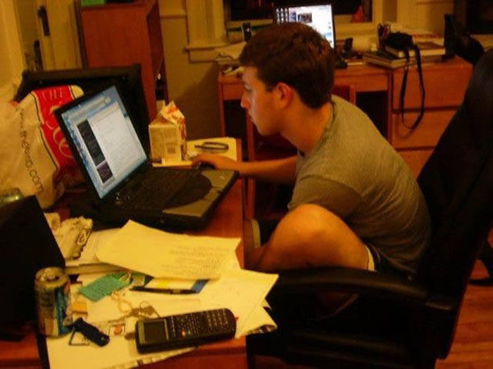 The Story Of How Facebook Went From A Dorm Room To The Top Of The World (33 pics)