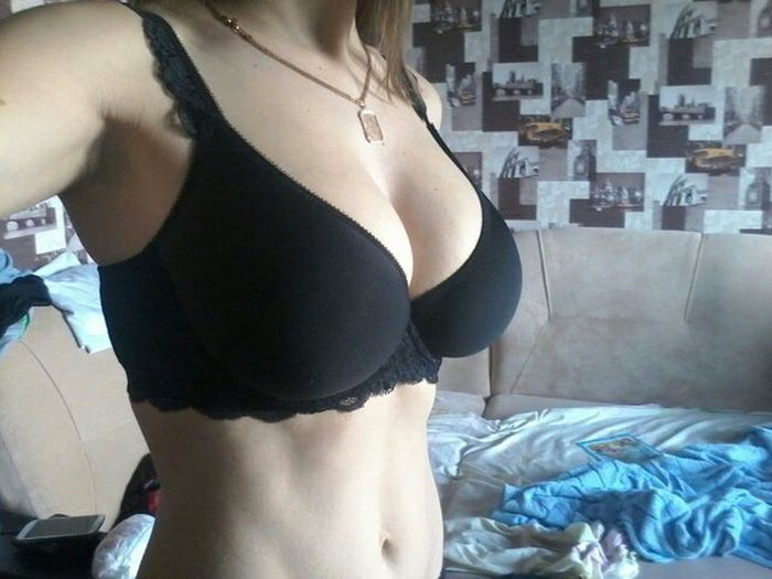 Sexy Girls Show Off Their Lingerie And Swimwear Purchases (39 pics)