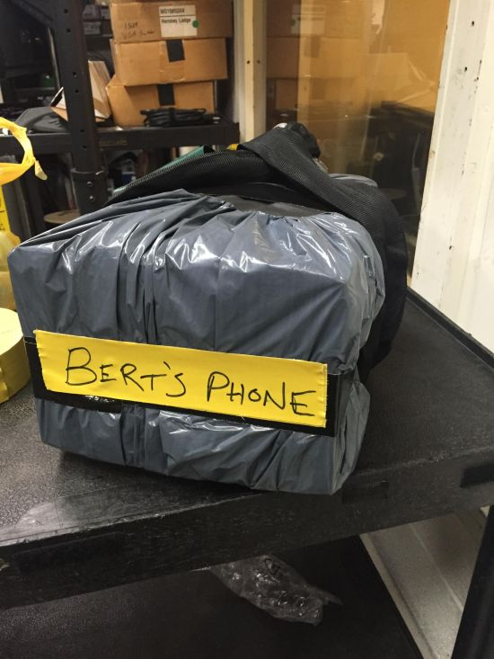 Here's A Friendly Reminder That You Should Never Leave Your Phone At Work (9 pics)