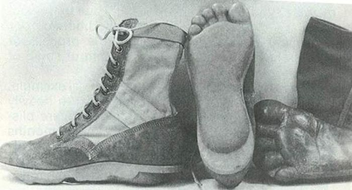 US Soldiers Used Special Boots During The Vietnam War (2 pics)