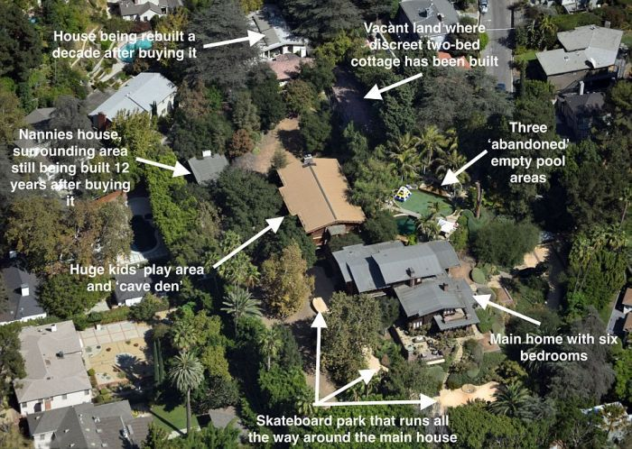 Take A Look At Brad Pitt and Angelina Jolie's Huge Hollywood Hills Compound (3 pics)