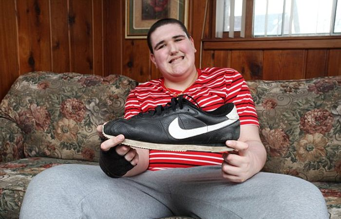 The World's Tallest Teenager Just Can't Stop Growing (13 pics)