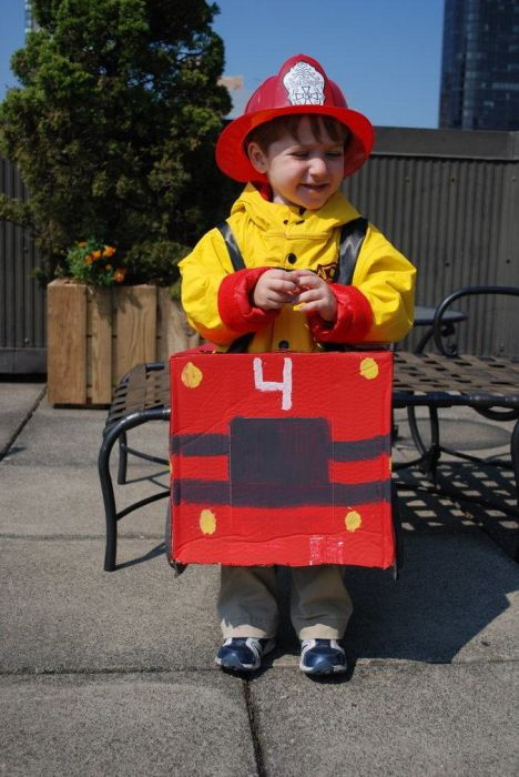 Adorable Kids In Costumes That Will Put A Smile On Your Face (29 pics)