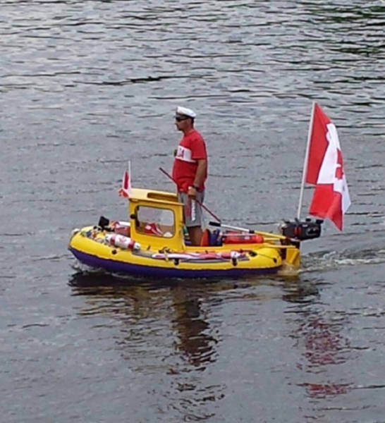 Crazy Things That Can Only Happen In Canada (43 pics)