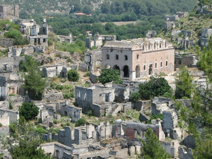 A Look At Kayakoy, The Greek Ghost Town In Turkey (10 pics)
