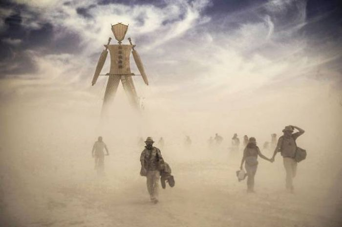 Crazy Photos From Burning Man Festival Captured By Victor Habchy (29 pics)