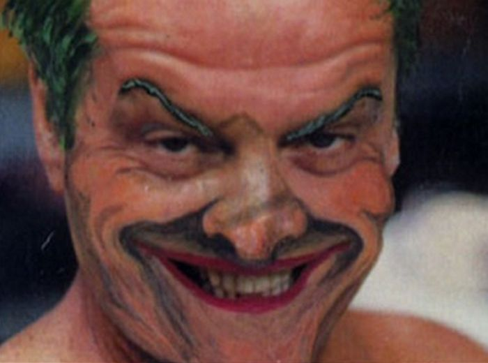 Jack Nicholson Before And After Applying His Joker Makeup For Batman (4 pics)