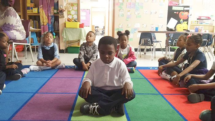 School Gets Amazing Results After Replacing Detention With Meditation (7 pics)