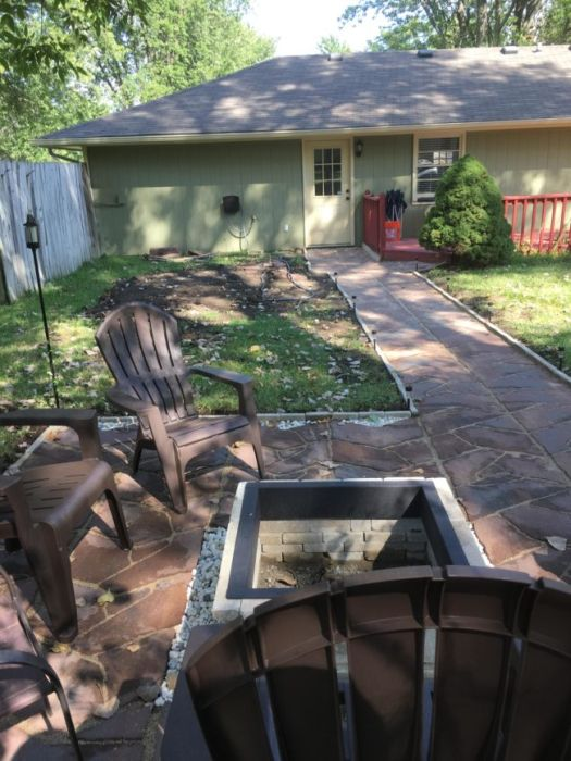 Guy Makes Major Backyard Renovations In Just One Weekend (8 pics)